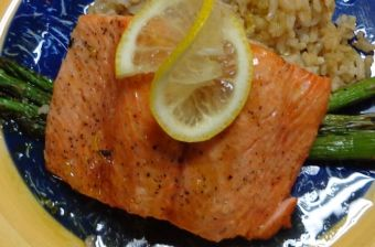 Roasted Garlic and Dill Dry Rub Salmon